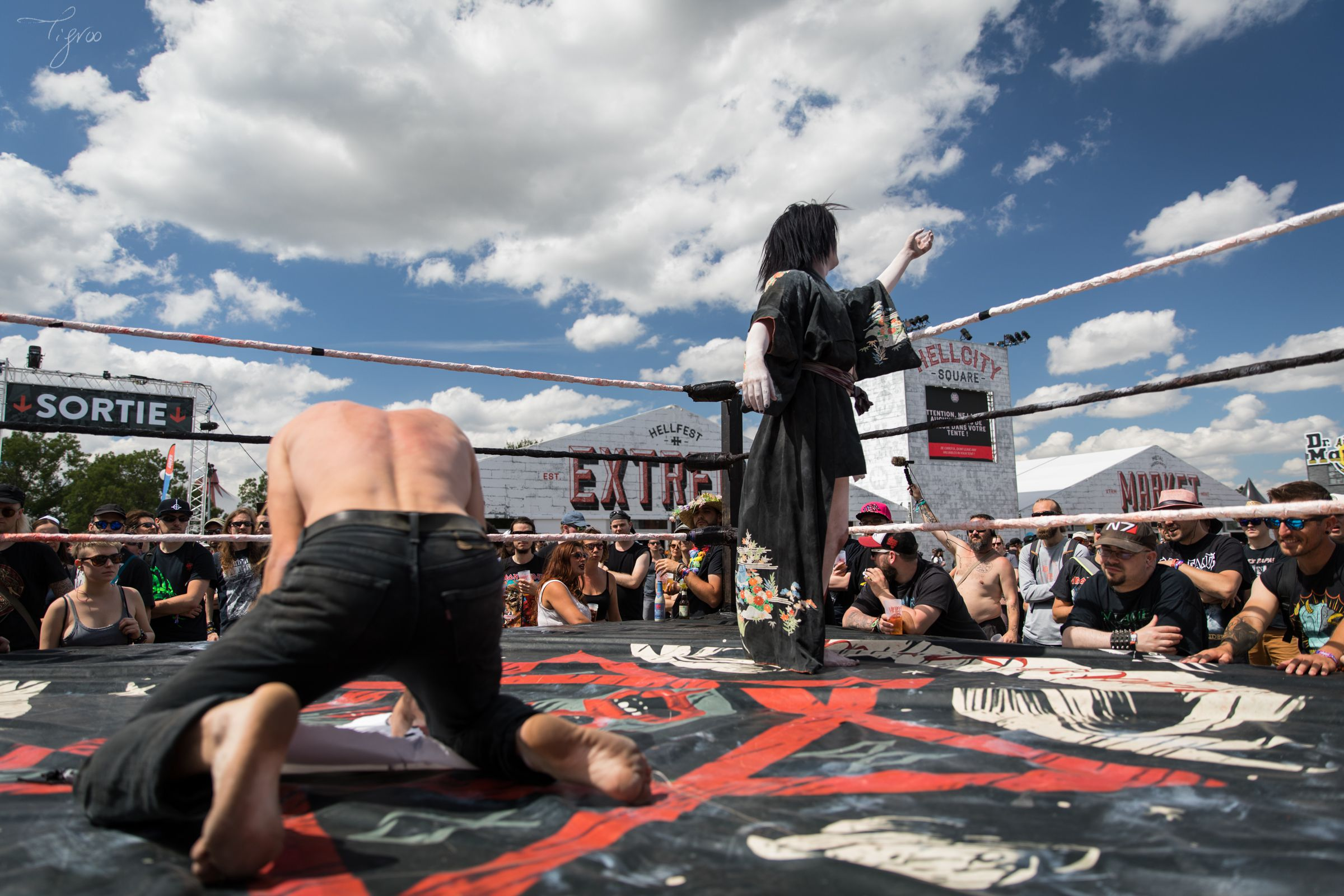 Knotfest meets Hellfest Mantra